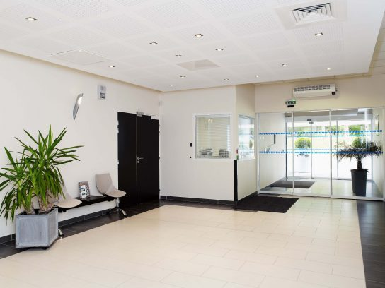 Clinique Helfaut hall d'accueil - MarcottePromotion